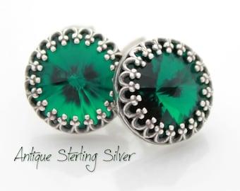 Emerald Green Earrings, Round Green Stud Earrings, Swarovski Emerald Green Rivoli Crystal Earrings, Emerald Green Jewelry, Bridesmaids Gift