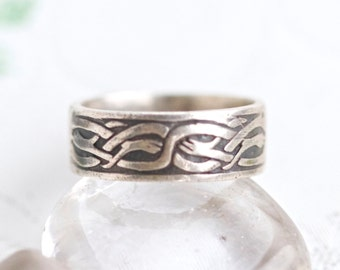 Celtic Wedding Ring Band - sterling Silver - Dark Silver Band - Men's Ring Size 9