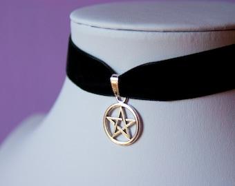 Halloween Pentagram Necklace | Silver Star Charm Black Velvet Choker Necklace Retro 90s / For Her