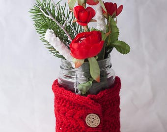floral christmas arrangement in red - table deco with artificial flowers