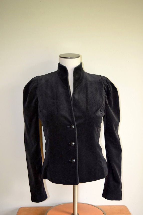 Vintage Black Velvet Jacket - Women's Small - Edwardian, Victorian, Dark Beauty