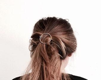 Geometric hairpins triangle, circle hairpin