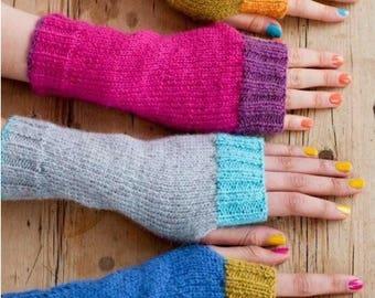 Fingerless Gloves, Wrist Warmers, Knitting Pattern. PDF Instant Download.