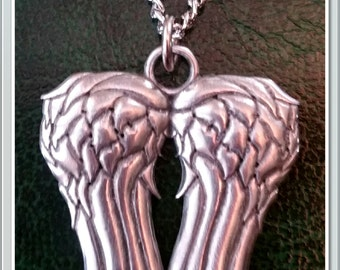 The Walking Dead Daryl Dixon Wings Necklace