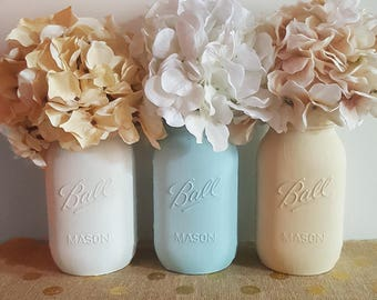 White Blue and Beige Mason Jars, Beach Mason Jars, Painted Mason Jars, Summer Home Decor, Beach Decor, Mason Jar Vases