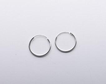 Sterling silver Hoop Earrings - Plain Simple Small Hoops - Hindge Top