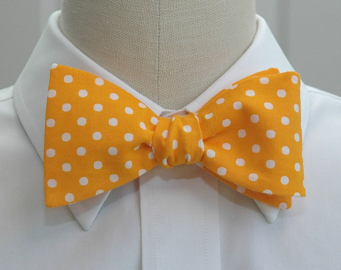Men's Bow Tie, mango yellow with white polka dots bow tie, wedding bow tie, golden yellow bow tie, groom bow tie, groomsmen gift, prom tie