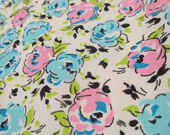 """Vintage Print Fabric Knit Flowers Pink Blue Roses Thin 3.5 Yards 44"""" Wide Floral"""