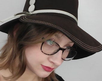 Vintage 1970's Brown Felt Hat
