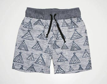 """Toddler boys """"tippee"""" shorts Size 2"""