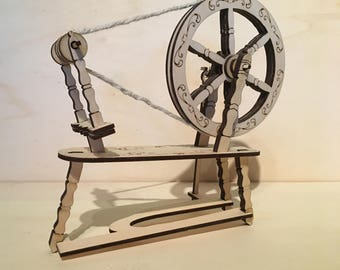 Old Style Spinning wheel