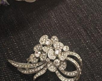 Vintage Style Silver Tone Flower Brooch with Rhinestones