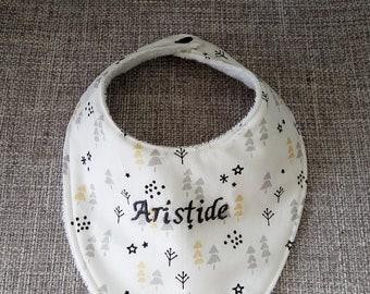 personalized embroidered name, stars, tree pattern bandana bib.