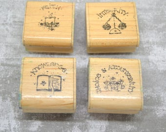 4 wooden English message theme stamps