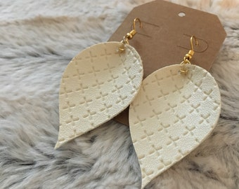 Cream leaf earrings