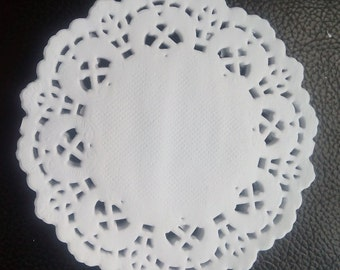Pack of 50 sheets - 3.5 inch mini white paper doilies