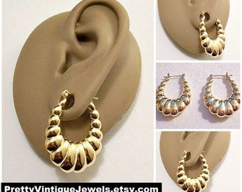 Monet Large Shrimp Oval Pierced Post Stud Earrings Gold Tone Vintage Polished Rib Lined Puffed Graduated Sections Long Drop Dangles