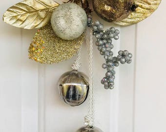 Christmas Door Embellishment