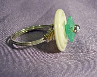 Spiral Glass and Flower sterling wire wrapped ring  size 8