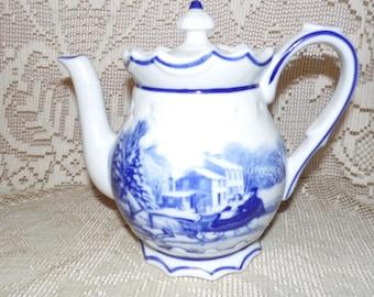 Porcelain Winter Country Farmhouse Snow Scene Couple In Sleigh Horse Blue Delft Teapot