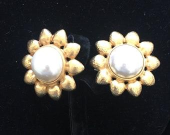 Vintage Sunflower Clip-on Earrings