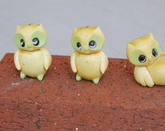 Vintage Mid-Century OWL Retro Figurines Figures Big EYES Sad Eyes Pale Green Marked Hong Kong