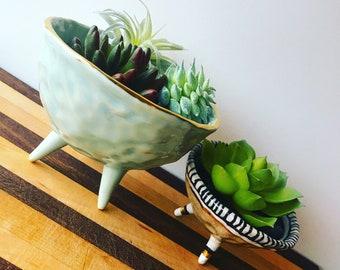 Blue air-plant holder with gold heart accent, succulent holder, light blue ceramic pinch pot, tri-pod, modern home decor, stoneware