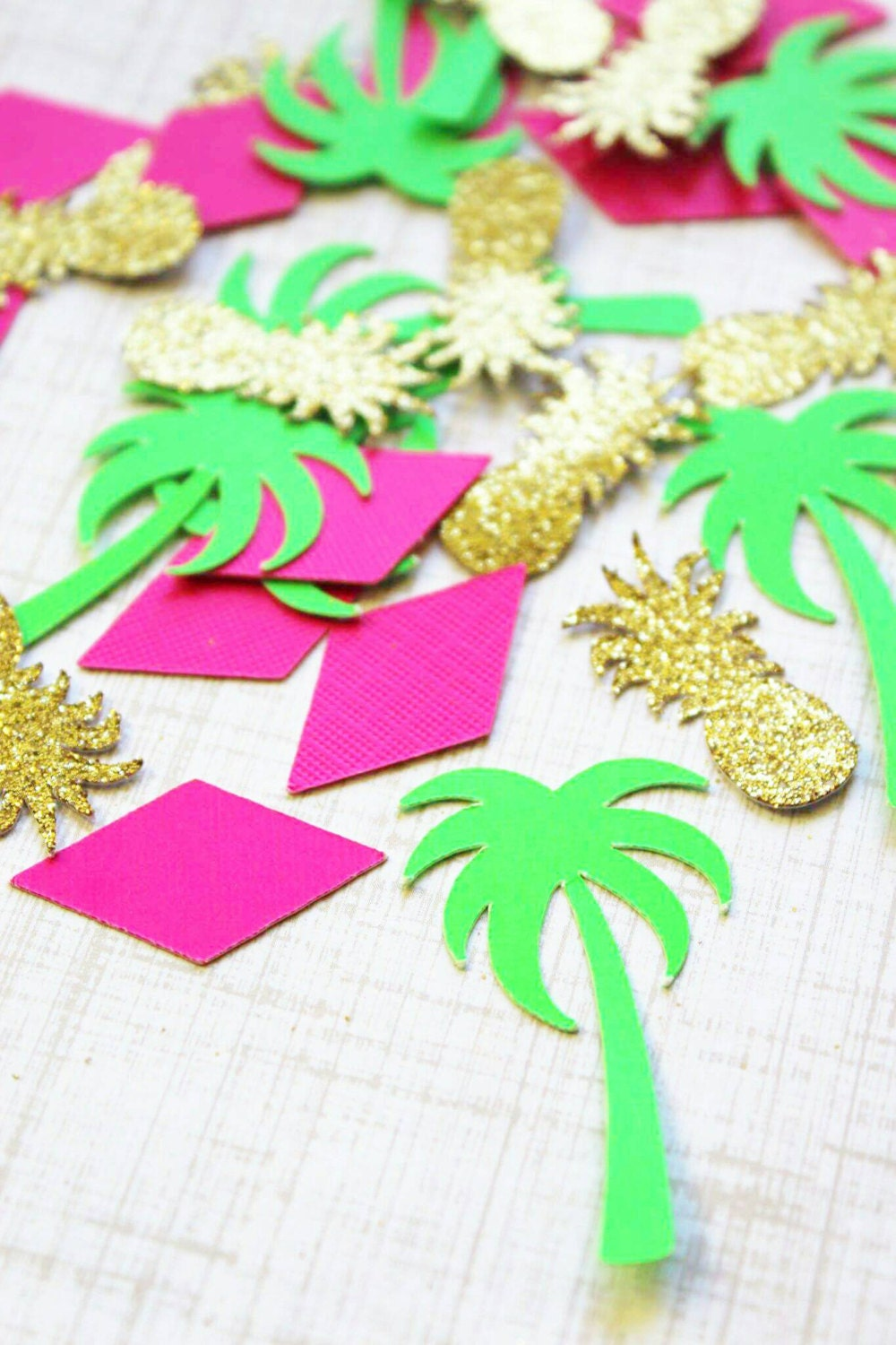 Tropical Party Decorations. Tropical Party. Confetti. Tropical