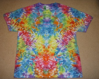 XL tie dye t-shirt, rainbow mirror bunch, extra large