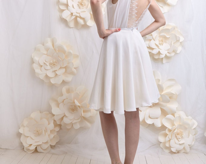 Wedding dress, backless, silk and lace