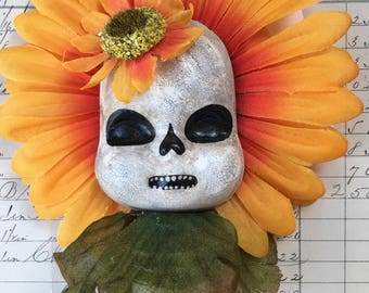 Skelly Flower ornament/wall hsnging