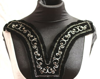 Embroidered Black and Silver Velvet Fashion Collar - JR09253