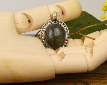 Natural Labradorite - Nepalese pendant natural Labradorite locket