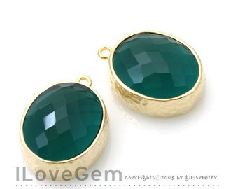 2pcs, B2721 Glossy Gold plated, Emerald Green, Oval pendant, Glass pendant, Framed glass, Faceted glass charm