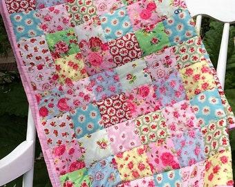 Patchwork Vintage prints  traditional  quilt