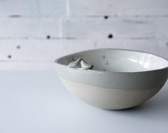 serving pottery bowls in grey, strong stoneware bowls for daily use, modern tableware gift set, handmade ceramic bowls, serving bowl set