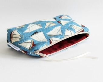 sailing boats - cosmetic bag/makeup bag/necessaire/beauty pouch - for women/men/kids - made of fabric, washable