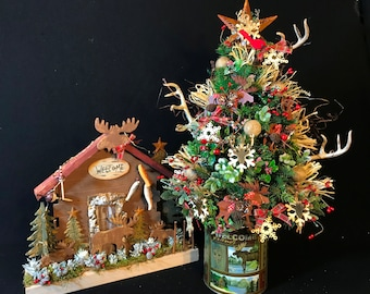 Lighted Woodland Christmas Tree,Woodland Animal Tree,Rustic Woodland Cabin Decor,Moose Ornaments,Country Cabin Table Top Christmas Tree