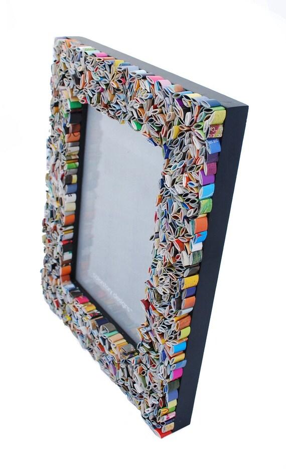 colores marco cuadro de 5 x 7 de revistas recicladas azul
