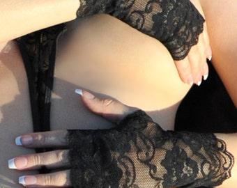 Halloween Gloves - Black Lace Gloves