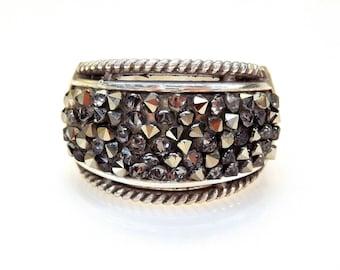 Sterling Silver Round Shape Cubic Zirconia Marcasite Accent Unique Design Ring