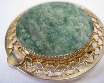 Green Stone Gold Filigree Brooch Vintage Pin