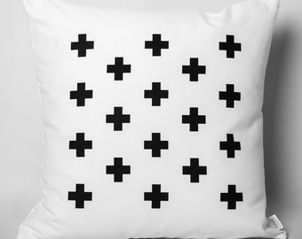 Cushion black & white: cross