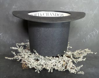 Top Hat Moet & Chandon Champagne Cooler. Ice Bucket with French Champagne Advertising.