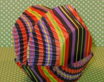 Modern Halloween Striped Cupcake Liners   (40)