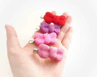 Hair bow, bow clip, alligator clip, hair clip, hair accessories, pink bow, red bow, purple, cute needle felted, felted bow, handmade bow.