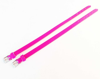SBC07 - Set of two bracelets in faux snake skin, hot pink! Faux leather.