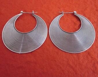 1.60 inch diameter  Balinese Sterling Silver Hoop Earrings / silver 925 / Bali Handmade Jewelry / (#103m)