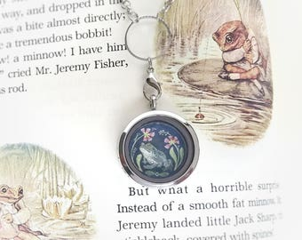 Original Painting Frog Toad Locket - Toad Jewelry - Frog Toad Charm Necklace - Floating Locket Necklace - Mothers day gift - Wearable Art