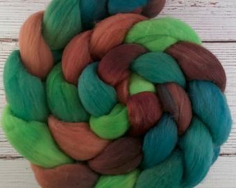 Handpainted Targhee Wool Roving - 4 oz. MALLARD - Spinning Fiber